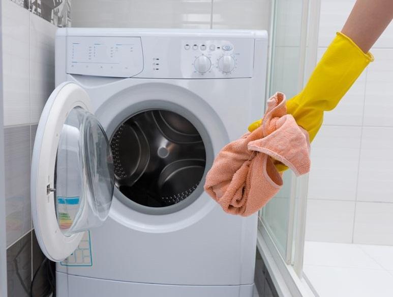 全自动洗衣机脏了怎么清洗,看看人家的妙招
